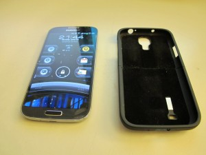 New phone, Samsung Galaxy S4, feels cheap without case. The Seidio Surface case remedies that well.
