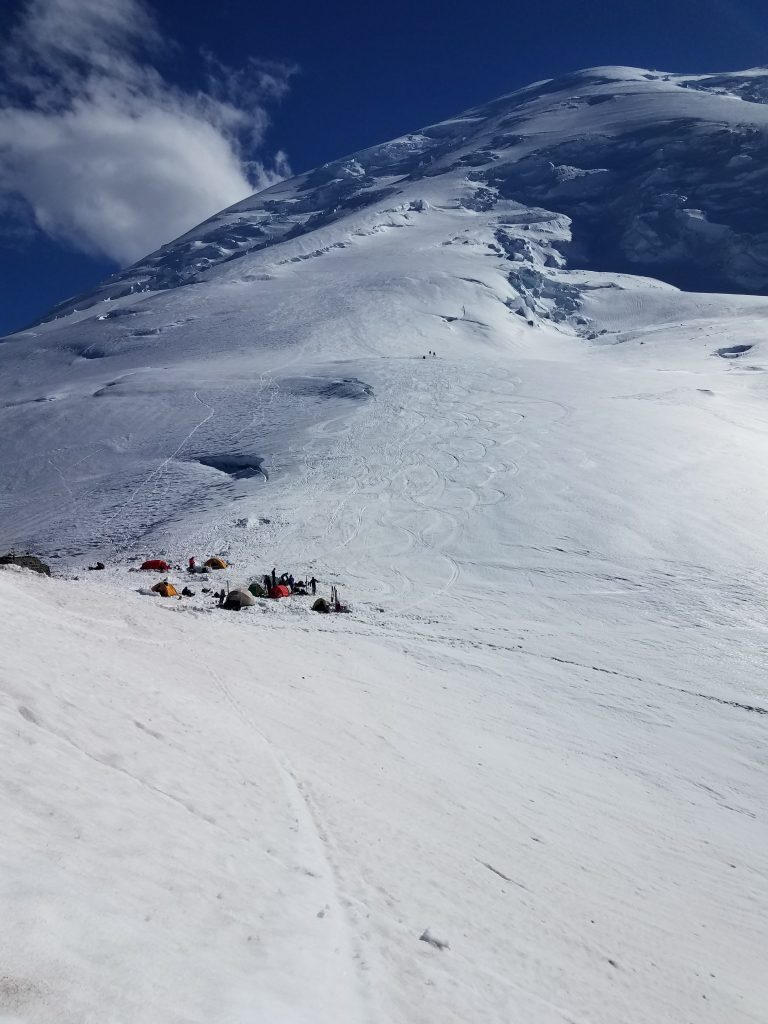 Camp Schurman, in front of Mount Rainier.